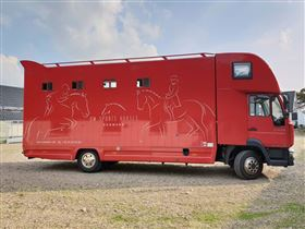 Meget velholdt Heste Transporter