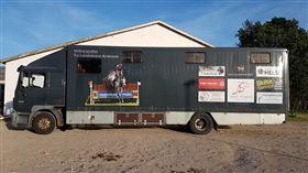 Lastbil til 6 heste + living