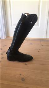 Lækre montar springstøvle sælges