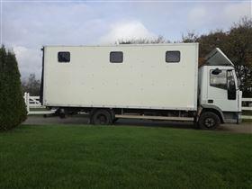 Lastbil Iveco til 7 heste
