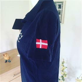 DV polo med flag