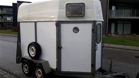 Velholdt trailer