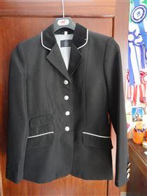Sort stævne jakke